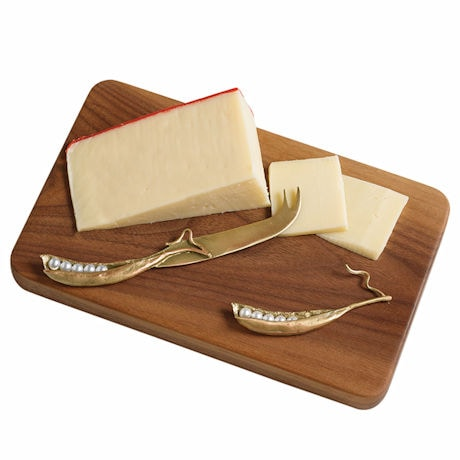 Peapod Walnut Cheese Board