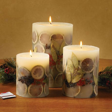 Bay Garland Candle: Small