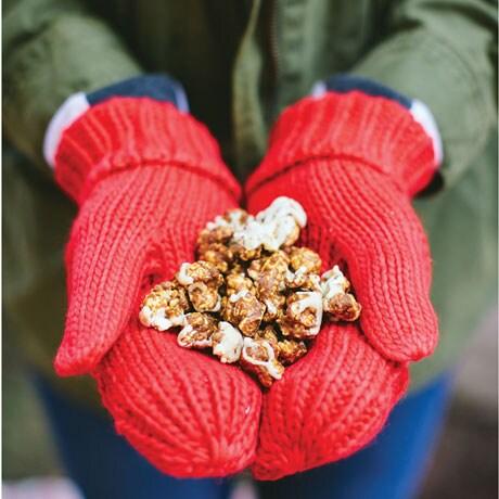 Reindeer Crunch Popcorn