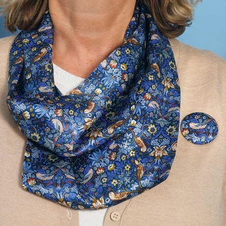 """""""Strawberry Thief"""" Scarf with Magnetic Clasp"""